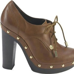 Vince Camuto Oxford Heels